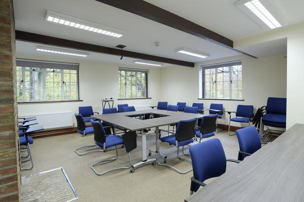 The Raymond Room is perfect for meetings and seminars.